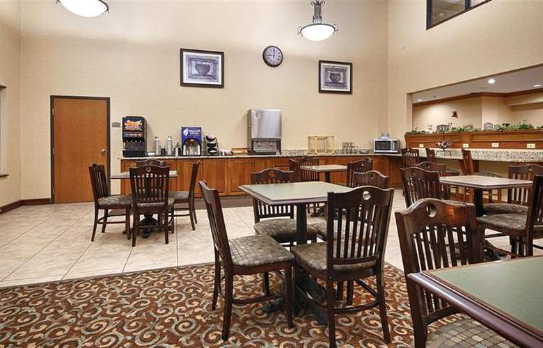 Best Western Plus North Canton Inn & Suites - Restaurant - 62