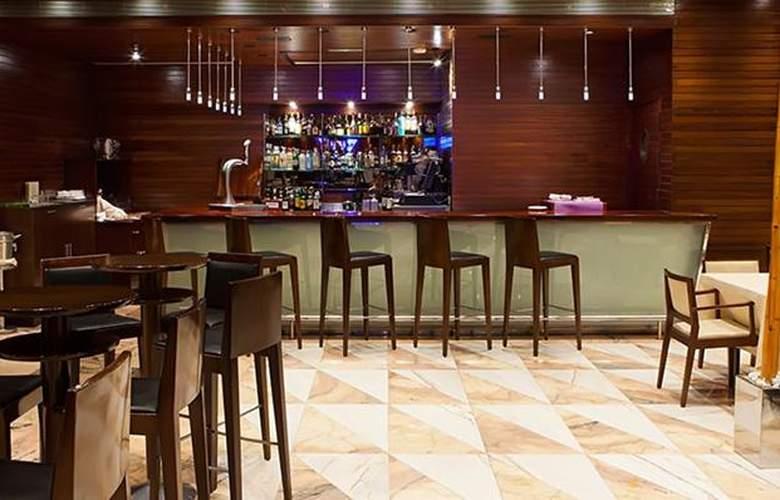 Tryp Murcia Rincón de Pepe - Bar - 3