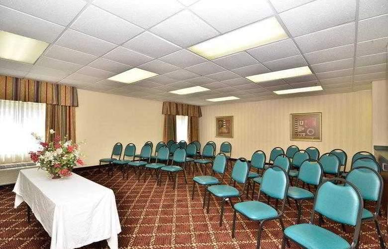 Best Western Raleigh Inn & Suites - Hotel - 4