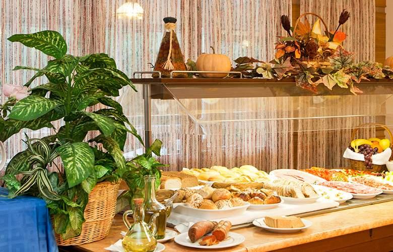 Playa Mondragó - Restaurant - 2