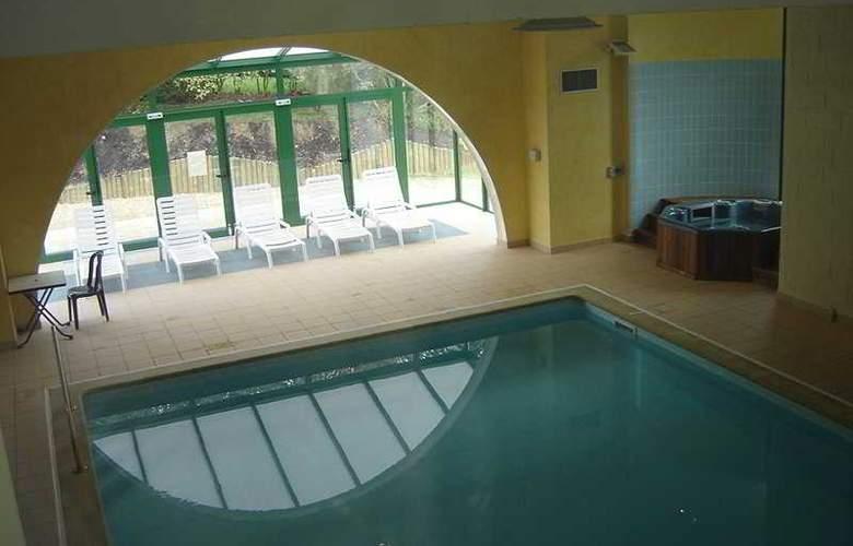 Interhotel Les Jardins de l'Anjou - Pool - 4