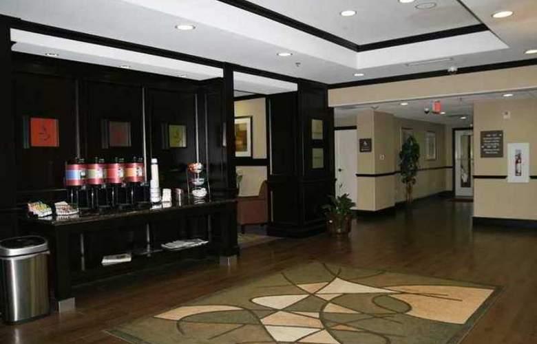 Hampton Inn Kilgore - Hotel - 1