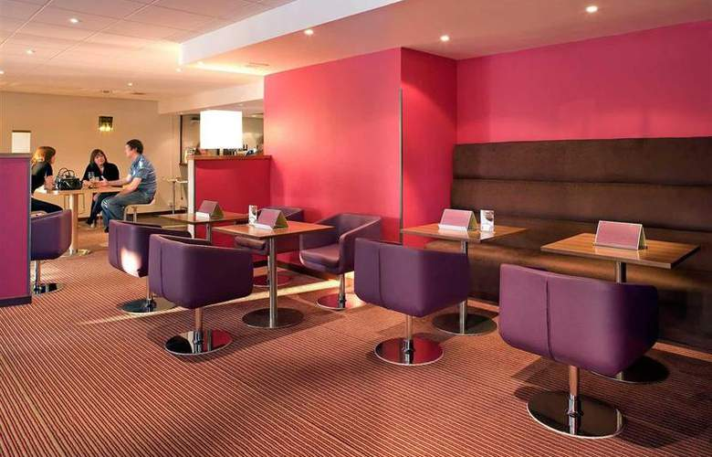 Novotel Stevenage - Bar - 32