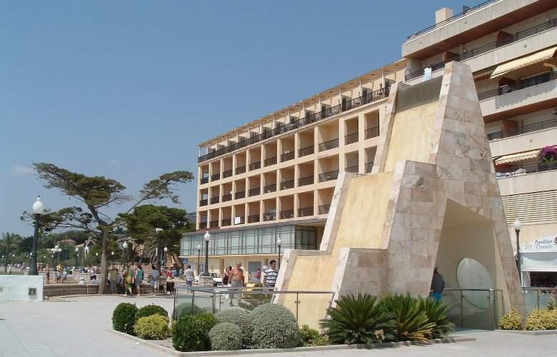 Brisamar - Hotel - 0