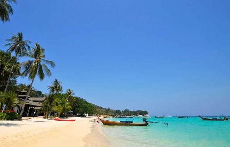 Holiday Inn Resort Phi Phi - Beach - 9