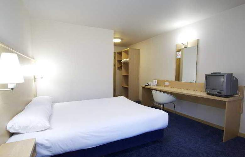 Travelodge Birmingham Central Broadway Plaza - Room - 12