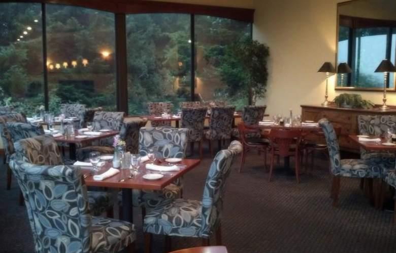 Best Western Plus Agate Beach Inn - Restaurant - 103