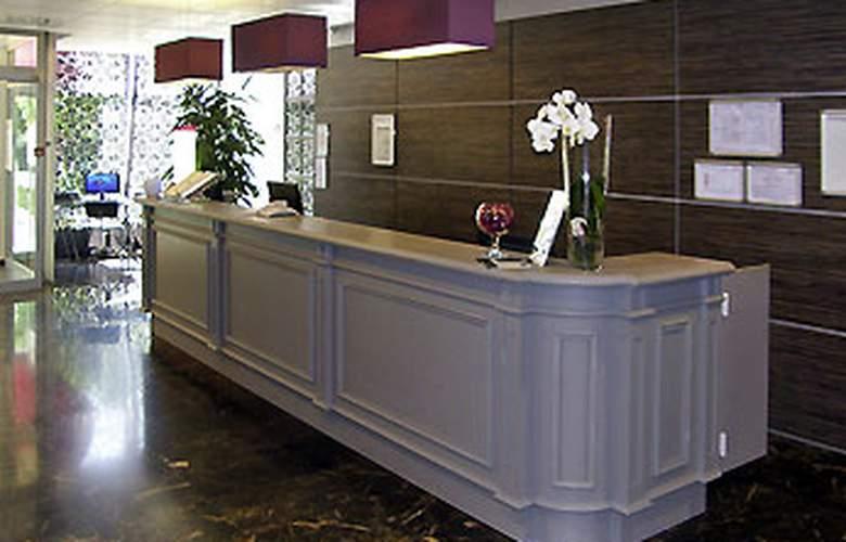 Mercure Cavaillon - Hotel - 0