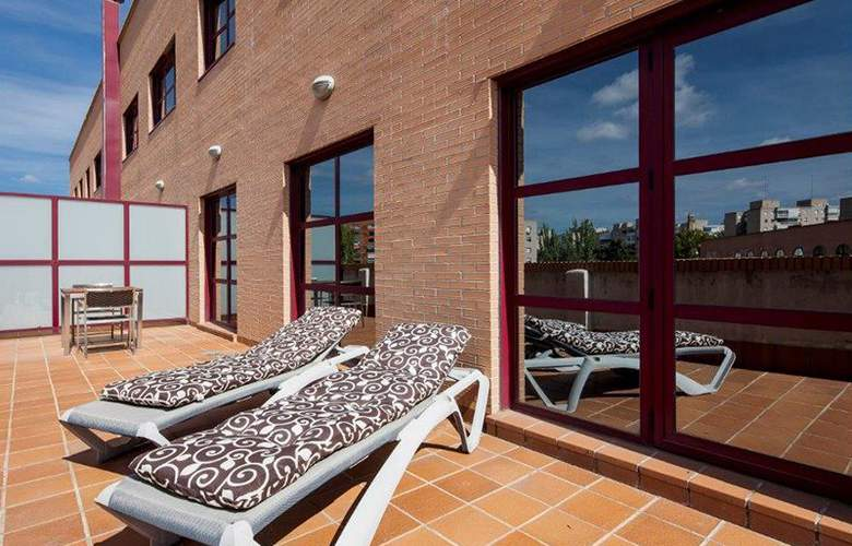 B&B Madrid-Fuenlabrada - Terrace - 18