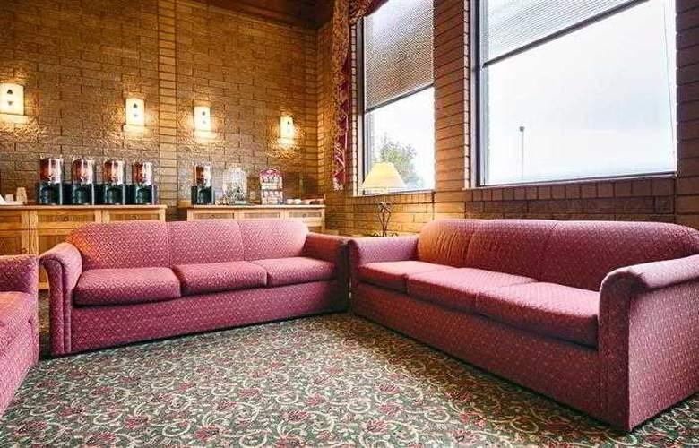 Best Western Plus Ahtanum Inn - Hotel - 30