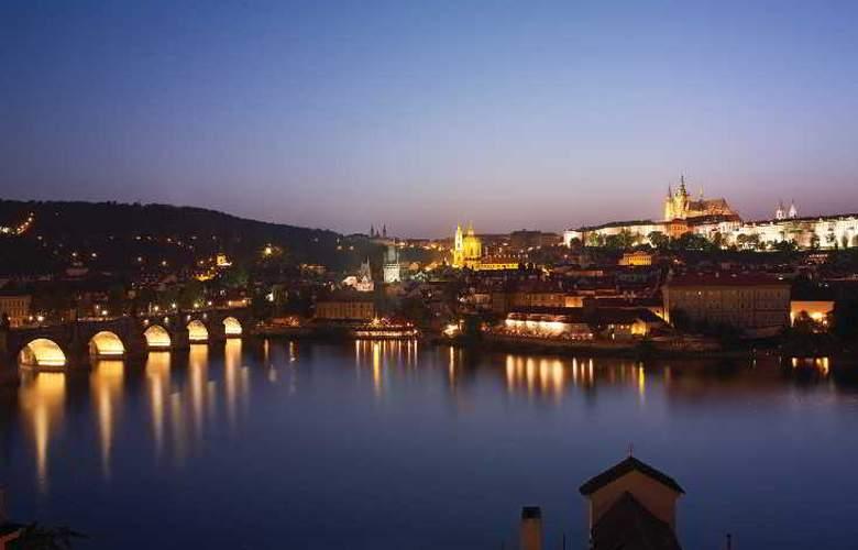 Four Seasons Prague - Hotel - 10