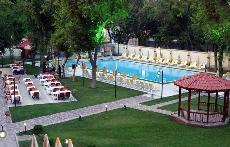 Radisson, Tashkent - Terrace - 12