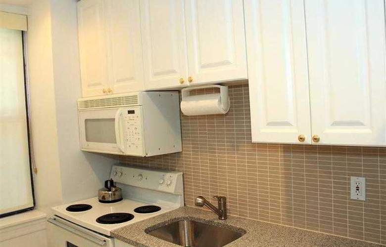 Best Western Plus Hospitality House - Apartments - Hotel - 46