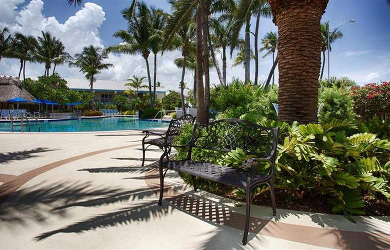 Best Western Key Ambassador Resort Inn - Pool - 105