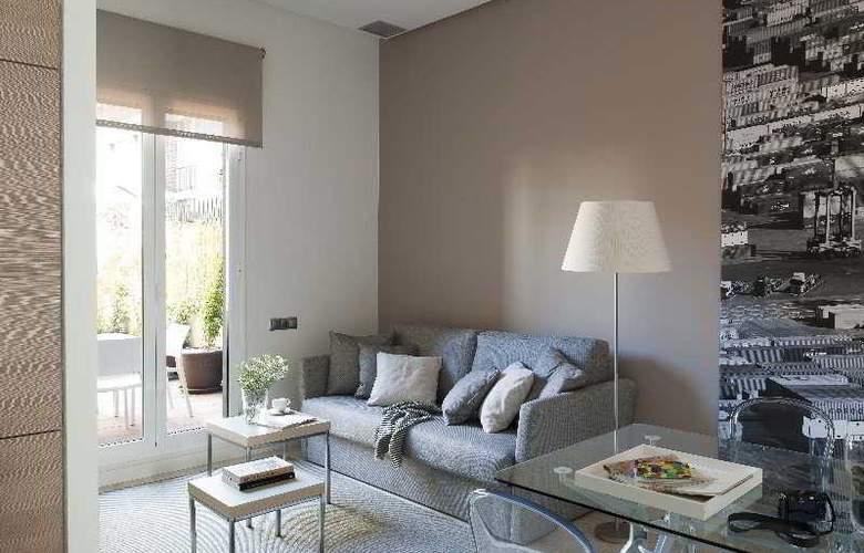 Eric Vokel Gran Via Suites - Room - 7