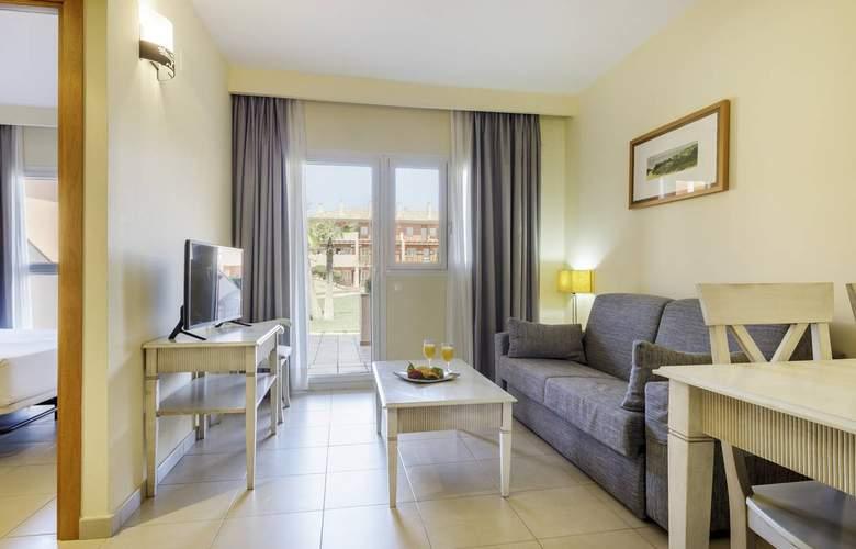 Aparthotel Ilunion Sancti Petri - Room - 13