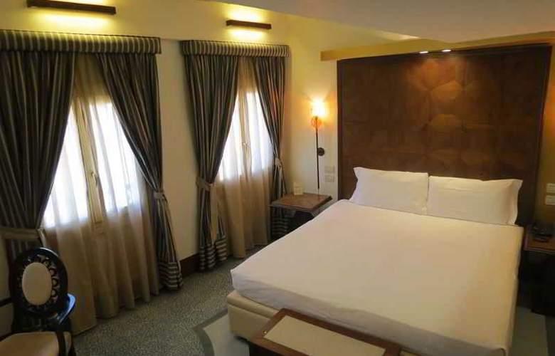 Dei Dragomanni - Room - 13