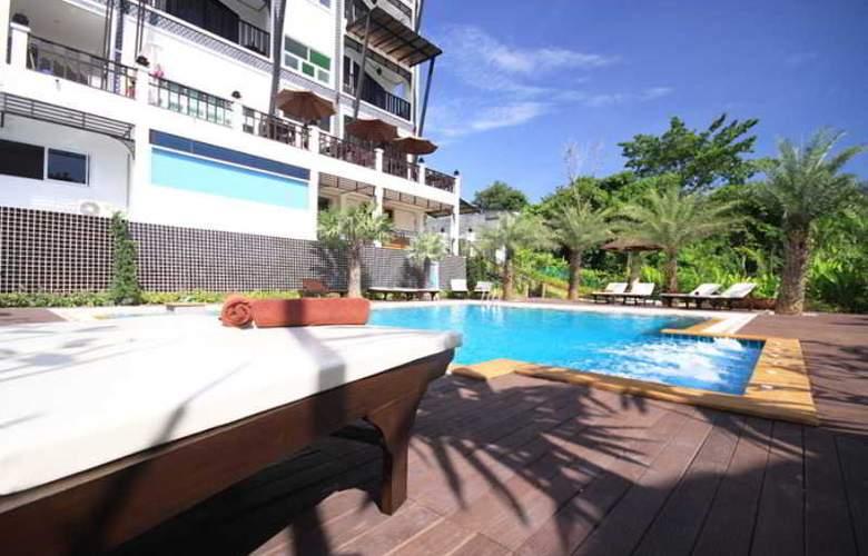 Dee Andaman Hotel Pool Bar - Pool - 24