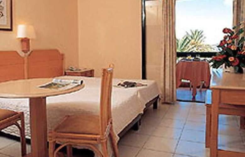 Dom Pedro Garajau - Room - 3