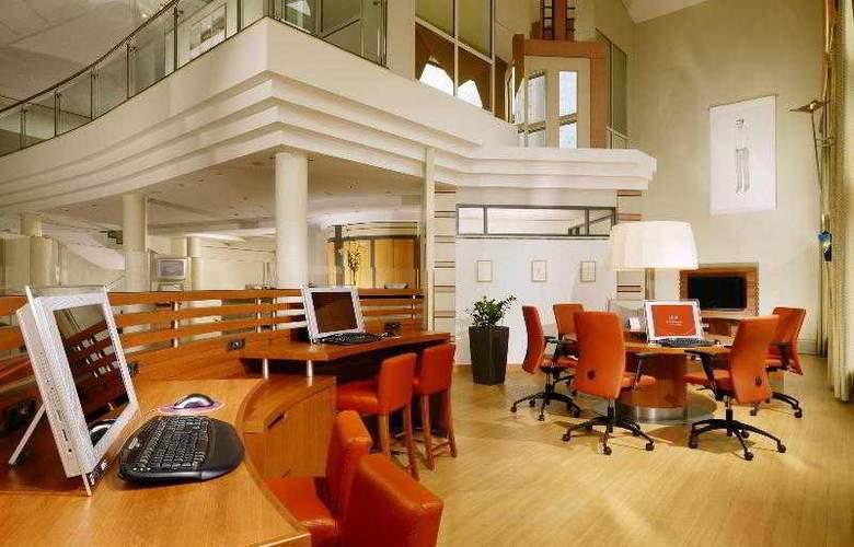 Sheraton Offenbach - Hotel - 12