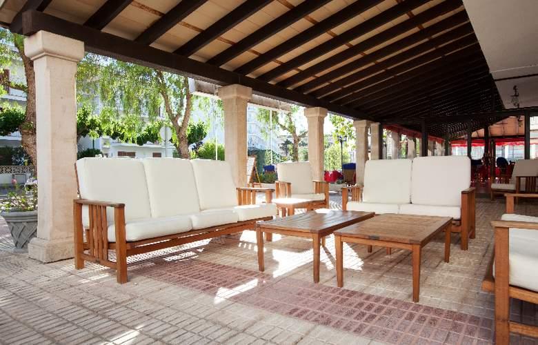 Ferrer Lime Tamarindos - Terrace - 5