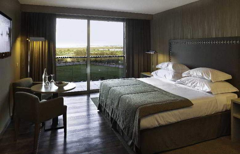 Nau Salgados Palace - Room - 3