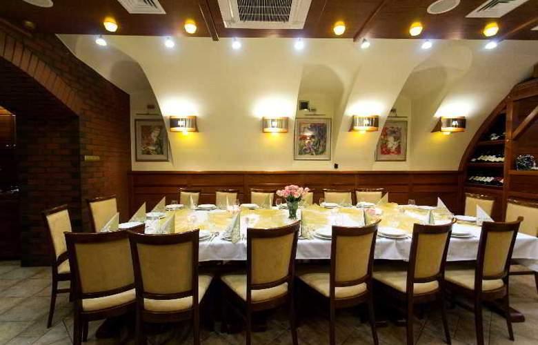 Logos Hotel - Restaurant - 6