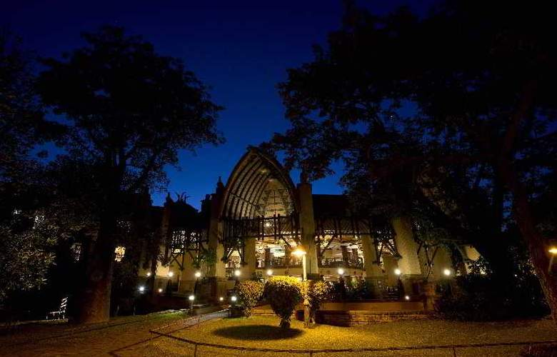 The Kingdom at Victoria Falls - Hotel - 13