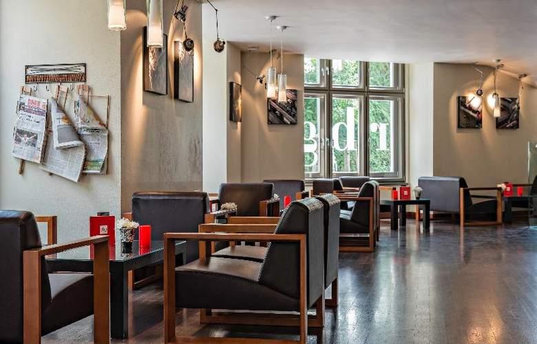 Park Inn Hotel Prague - Bar - 4