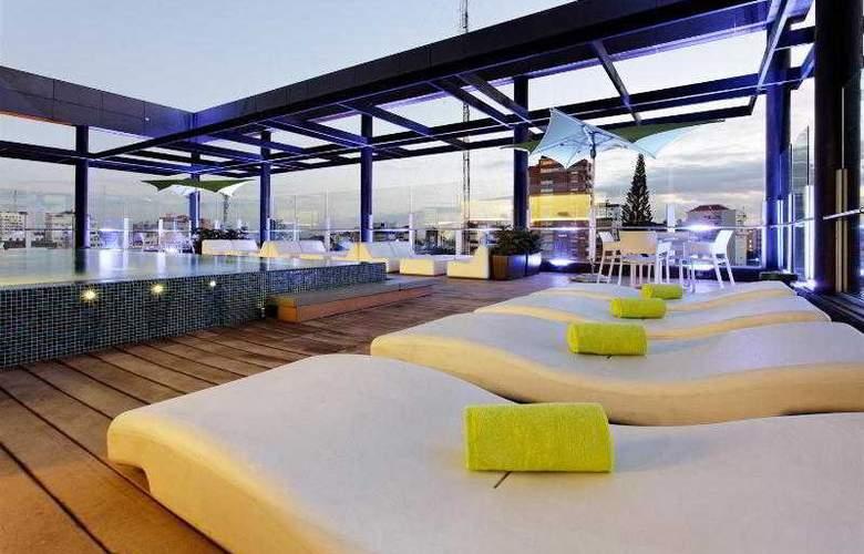 Holiday Inn Santo Domingo - Pool - 25