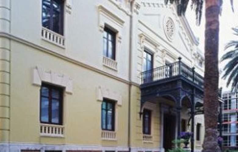 Hospes Palacio de los Patos - Hotel - 0