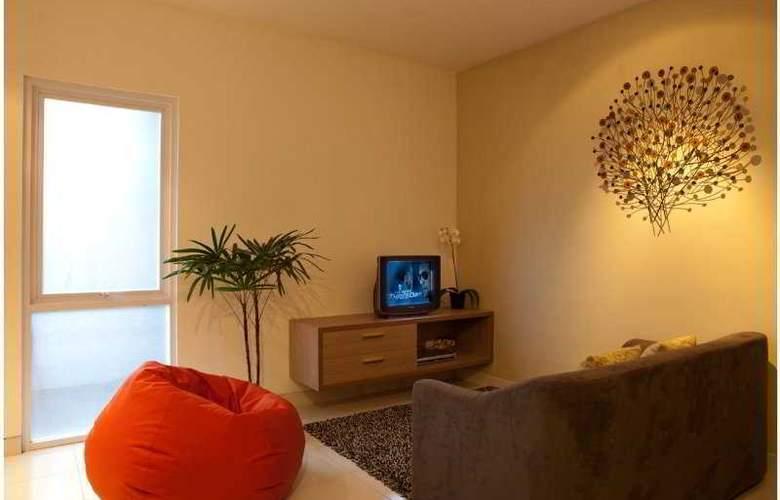Eazy Suite - Room - 3