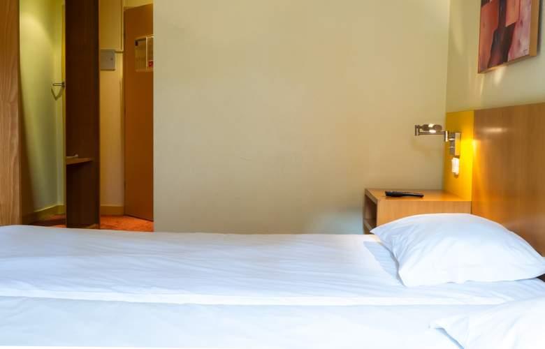 Flag Braga - Room - 10
