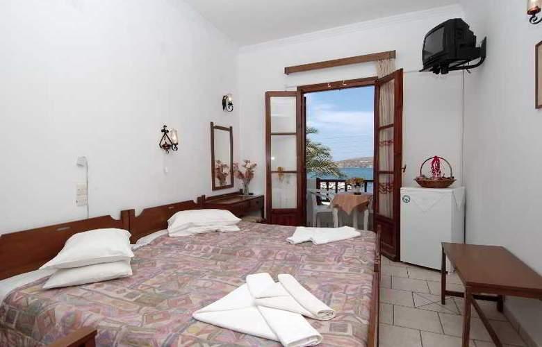 Asterias Hotel  - Room - 4