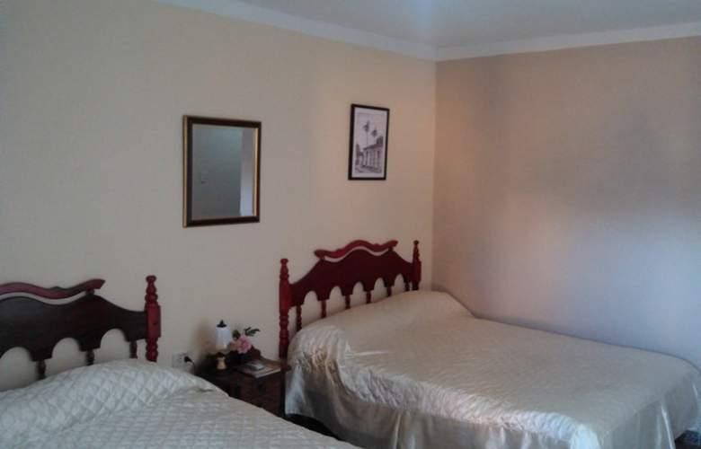 Hostal La Cucaña - Room - 2