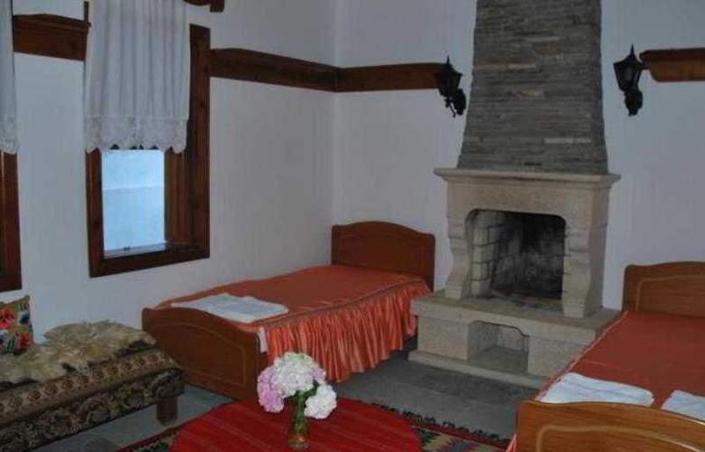 Berati Hotel - Room - 9