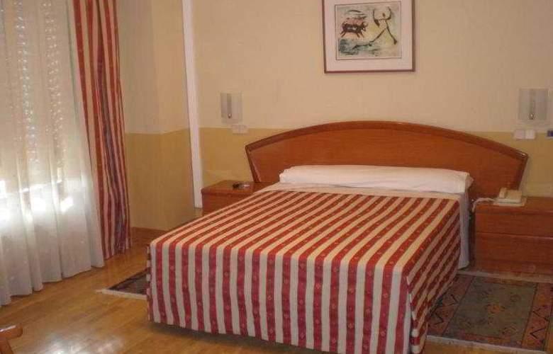 Los Braseros - Room - 4