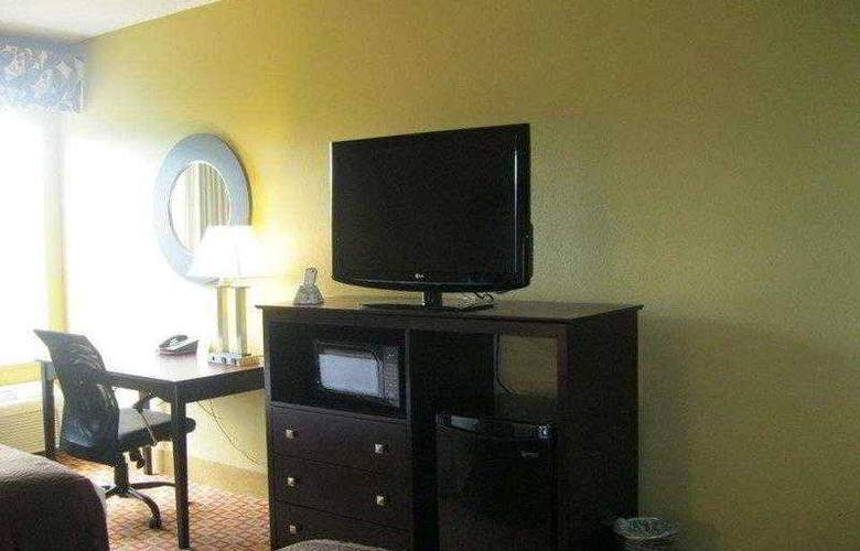 Best Western Plus Bradenton - Hotel - 14