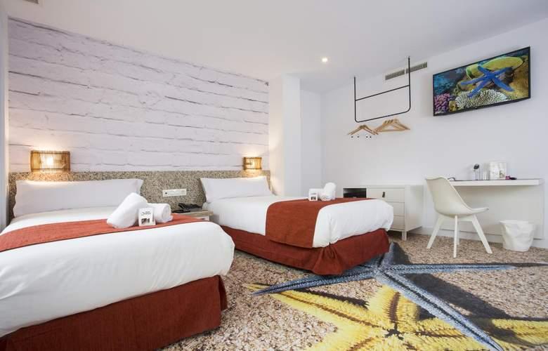Casual Málaga del Mar - Room - 2