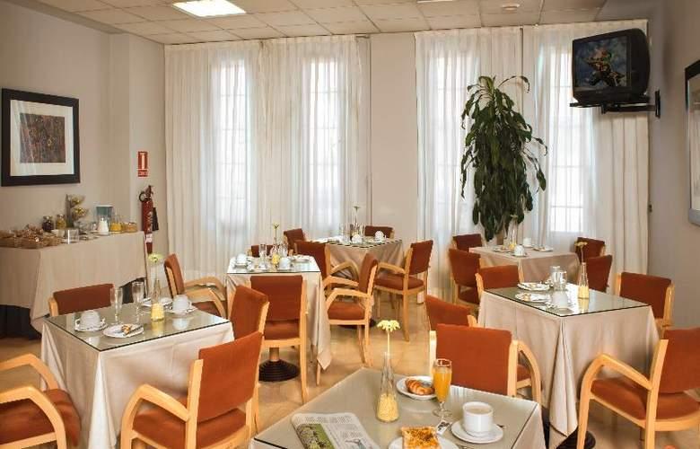 Aparthotel Attica21 Portazgo - Restaurant - 13