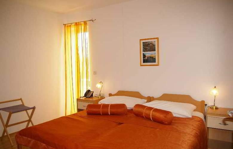 Pervanovo Apartments - Room - 10