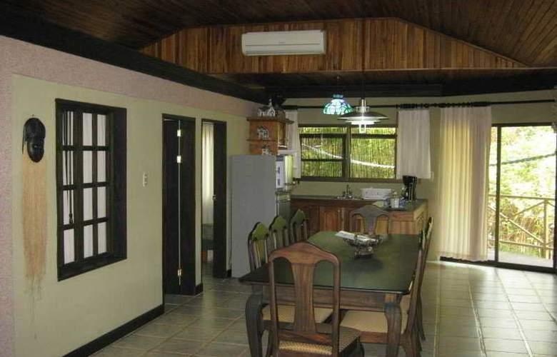 Kayak Lodge - Room - 5