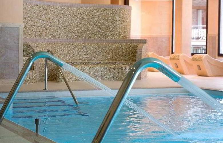 Rutllan Xalet de Muntanya - Pool - 2