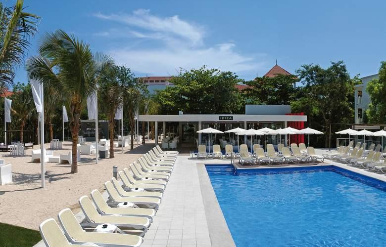 Riu Yucatan - Pool - 22