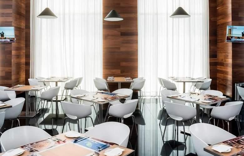 Fiesta Inn Merida - Restaurant - 89