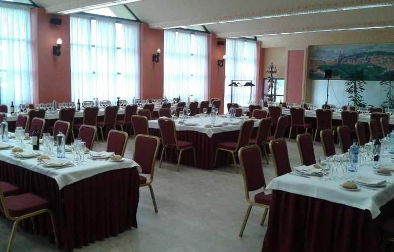 Sercotel Ciudad de Burgos - Restaurant - 57