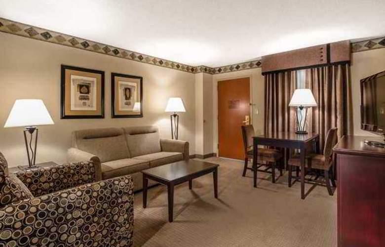 Hampton Inn & Suites Tulare - Hotel - 3