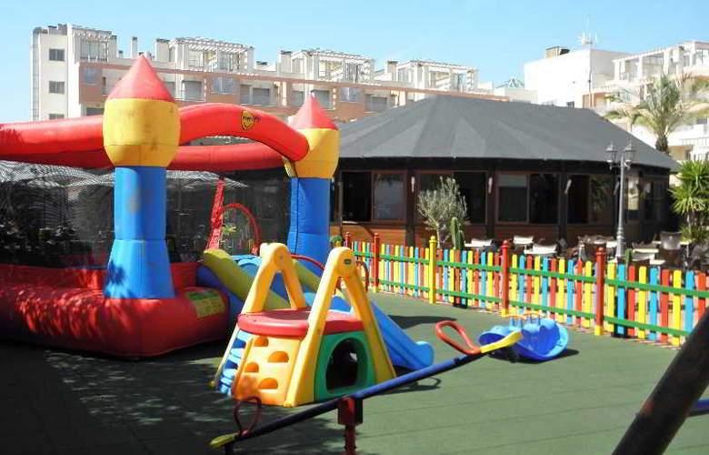 Suite Hotel Puerto Marina - Sport - 17
