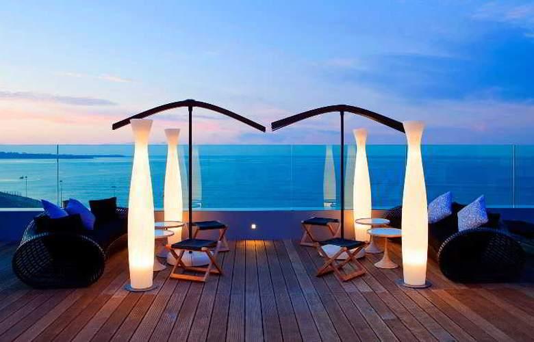 Le Radisson Blu 1835 Hotel & Thalasso - Terrace - 15
