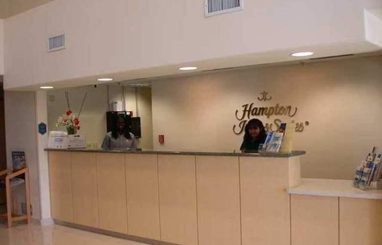 Hampton Inn & Suites Modesto Salida - Hotel - 9